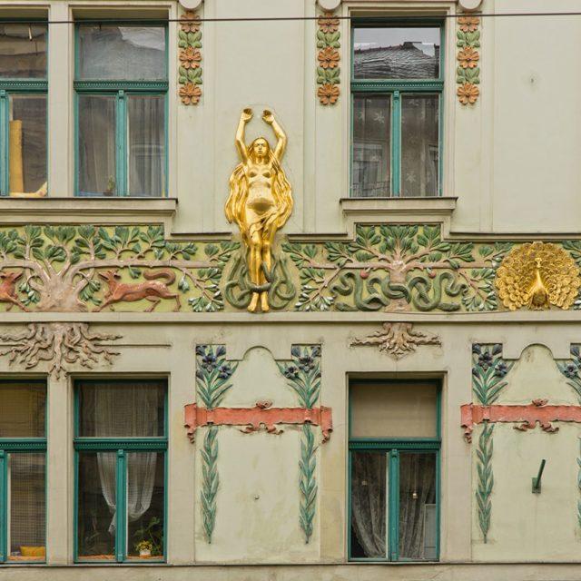 ArchiTour Budapest IzabellaUtca LindenbaumHouse designed by FrigyesSpiegel in ArtNouveau hellip